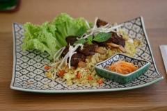 Gebratener Reis mit Entenspieße